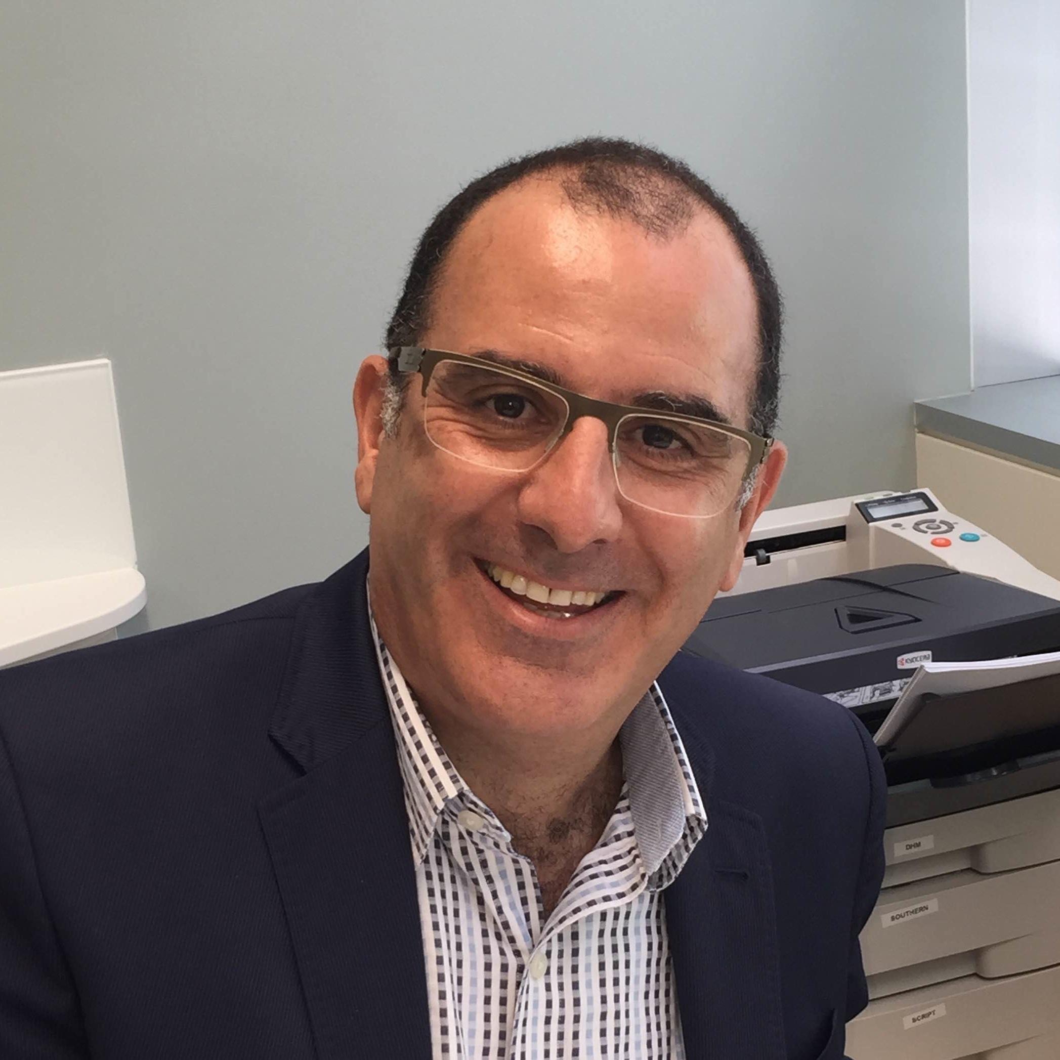 Dr Peter Aslan